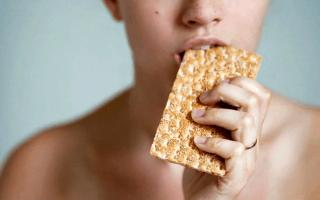 Рисовые хлебцы: польза и вред, с темным и молочным шоколадом, глазированные, хрустящие, рецепт