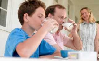 Калорийность молока 3,2% жирности на 100 грамм: сколько калорий в 100 мл напитка