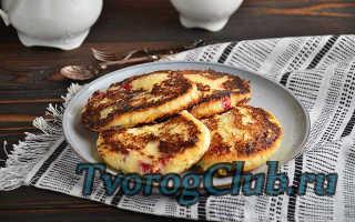 Сырники из творога (творожники) без манки: классический рецепт с жаркой на сковороде