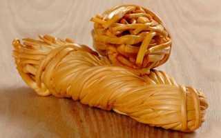 """Калорийность сыра """"косичка"""": сколько калорий в копченом и белом сыре Чечил, нормы БЖУ, энергетическая ценность"""
