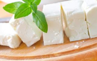 Можно ли сыр при гастрите? Можно ли есть сыр при повышенной кислотности, полезен ли творожный продукт при гастрите