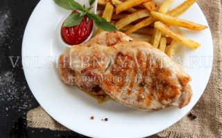 Бифштекс из свинины (15 фото): как пошагово приготовить по рецепту рубленный свиной бифштекс на сковороде или в духовке?