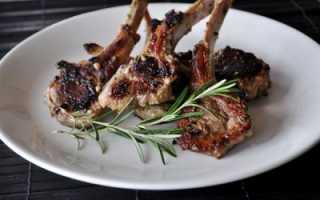 Бараньи ребрышки на сковороде (10 фото): как вкусно приготовить жареные ребра или потушить их для жаркого?