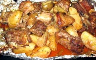 Свиные ребра в рукаве: как вкусно приготовить запеченные ребрышки по рецепту с овощами и картошкой?